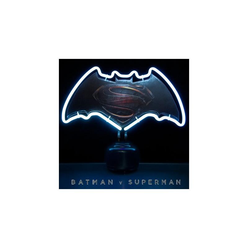 lampe n on batman vs superman kas design distributeur de produits dc comics. Black Bedroom Furniture Sets. Home Design Ideas