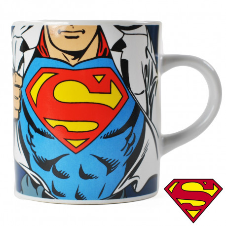 tasse expresso superman costume kas design distributeur de produits superman. Black Bedroom Furniture Sets. Home Design Ideas